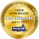 LIV for PETS Dog Walking and Pet Sitting Narps Pet Related Certificate Image - Gold badge with text I hold a pet related certificate ask to see it